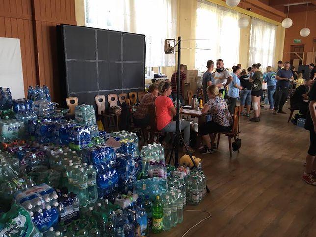 Mieszkańcom terenów zniszczonych przez wichury bardzo potrzebna jest chociażby woda do picia