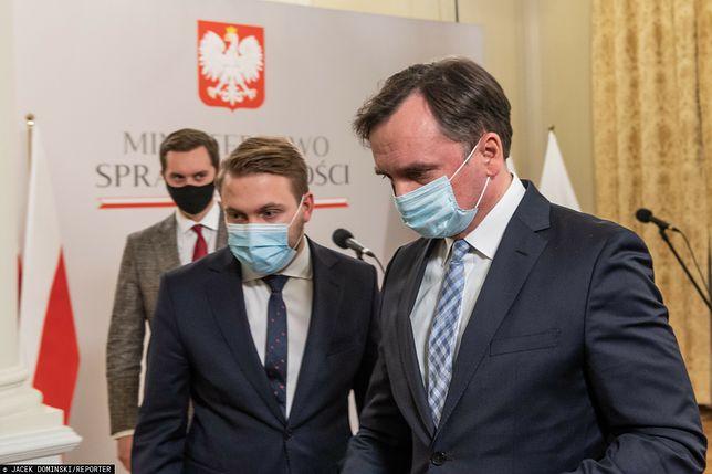 Minister Zbigniew Ziobro ze współpracownikami