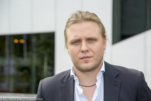 Piotr Woźniak-Starak to znany producent filmowy. Jezioro Kisajno przeszukiwane.