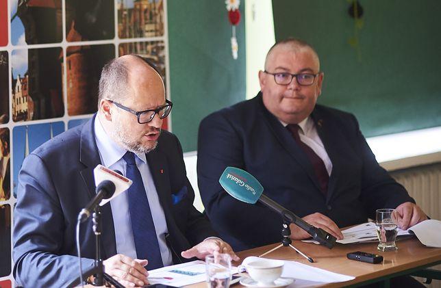 Ś.p. prezydent Gdańska Paweł Adamowicz (l) i jego zastępca Piotr Kowalczuk (p)