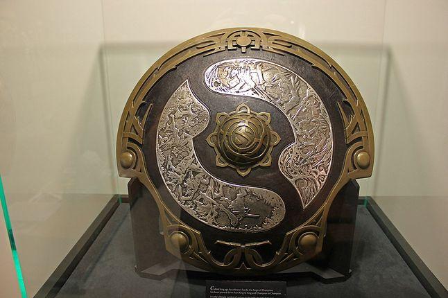 Aegis of Champions - trofeum przeznaczone tylko dla zwycięzców