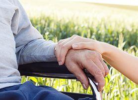Możliwa przyczyna choroby Alzheimera u młodych. Naukowcy winią cholesterol
