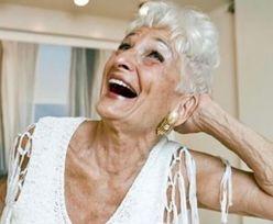 84-latka rozchwytywana na Tinderze. Jej ostatni partner miał 19 lat