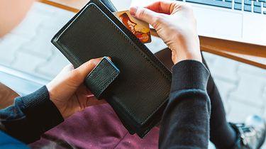 """Nowy sposób na kradzież danych. To wariant """"na zgubiony portfel"""""""