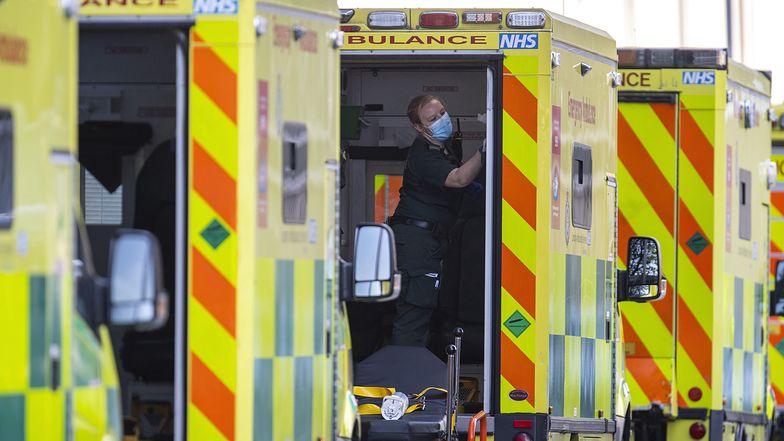Wielka Brytania szczyt zachorowań ma już mieć za sobą