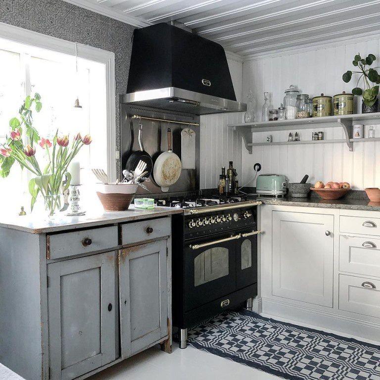 Moda w kuchni. Czy warto zdecydować się na kuchnię retro?