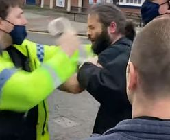 Policjant bije Polaka. Szokujące nagranie. Jest nakaz aresztowania