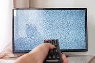Zbyt dużo TVN24? Kolejna ofiara wypalenia ekranu w TV - fot. Iuliia Mikhalitskaia/Getty Images