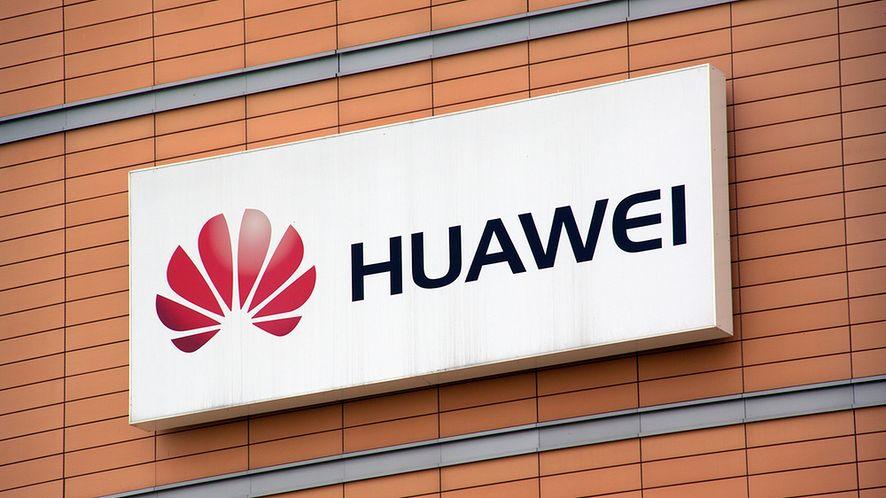 Budynek z logo Huawei z depositphotos