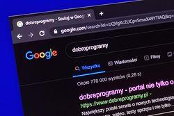"""Google Chrome. """"Ciemny motyw internetu"""" sposobem dla nocnych marków"""