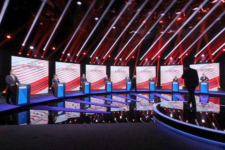 """Burza po pytaniach w debacie prezydenckiej. Publicysta ostro """"kosmos"""""""