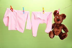 Jak ubierać niemowlę? - odpowiednie warunki, ubieranie latem, ubieranie zimą