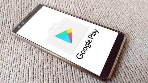 Fałszywy sklep z aplikacjami na Androida. Jego użytkownicy instalowali sobie spyware
