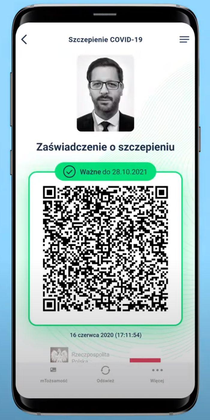 Jak pobrać paszport covidowy? Prosty poradnik z aplikację mObywatel!
