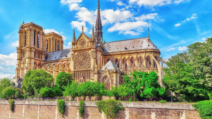 Katedra Notre-Dame ma zostać odbudowana w ciągu 5 lat /Fot. Shutterstock