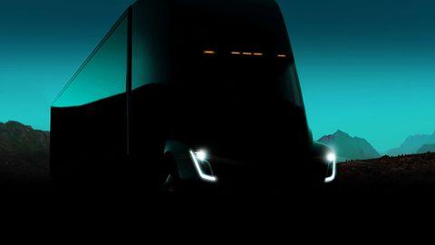Ciężarówka Tesli zyskała konkurencję. Elektryczny pojazd zaprezentował Daimler