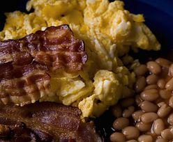 Zakazany na śniadanie. Już jeden plasterek dziennie może prowadzić do raka jelita grubego