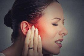 5 domowych sposobów na ból ucha. Pomogą produkty, które masz w kuchni