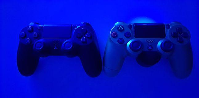 Po lewej: kontroler bez nasadki, po prawej: kontroler z nasadką DualShock 4 Back Button Attachment, fot. materiały własne