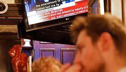 """Twardy Brexit bardzo prawdopodobny. """"Wrócą cła i kontrole. Polska szczególnie na tym ucierpi"""""""