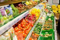Zimą lepiej jadać warzywa korzeniowe i polskie jabłka