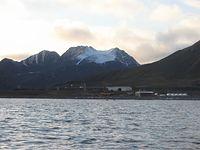 Polska Stacja Polarna Hornsund na Spitsbergenie szuka pracowników.