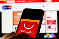 BRAZIL - 2019/11/30: In this photo illustration the AliExpress logo is displayed on a smartphone. (Photo Illustration by Rafael Henrique/SOPA Images/LightRocket via Getty Images)