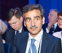 Najwyższe wynagrodzenie wśród prezesów zarządów banków w 2019 roku otrzymał Luigi Lovaglio z Banku Pekao SA – 8,95 mln PLN.