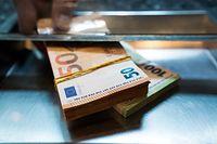 euro pieniądze waluta waluty gotówka