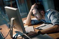 Praca z domu bardziej męcząca niż z biura? Dla niektórych tak