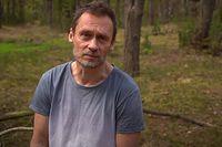 Na zdj. prezes fundacji Las na Zawsze, Paweł Krzemiński.
