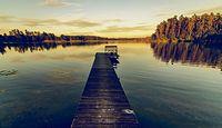 Działka z dostępem do linii brzegowej jeziora? Sprawdź, co trzeba wiedzieć