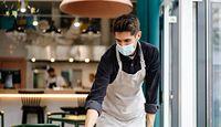 Restauratorzy narzekają na młodych i leniwych. Za 18 zł na godzinę nikt nie chce już roznosić talerzy
