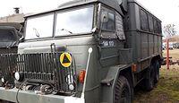 Autobus za 9,5 tys. zł, fiat za 1,5 tys. Tak wojsko wyprzedaje swój sprzęt
