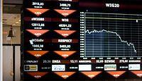Koronawirus zaatakował rynki. WIG20 ostro w dół, ale fatalny trend odczuwa cały świat