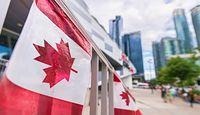 Embargo na import owoców z Kanady. UE chce zakazu od września