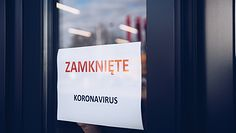 Czwarta fala pandemii zamknie gospodarkę? Minister Semeniuk: To realne, przygotowujemy się