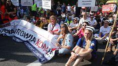 Protest medyków. Ekspert komentuje: Cały sektor powinien więcej zarabiać