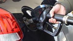 Ceny paliw. Marża do obniżki? Minister Semeniuk: To demagogia