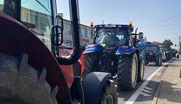 Agrounia zablokowała ważną drogę. Rolnicy czekają na Mateusza Morawieckiego