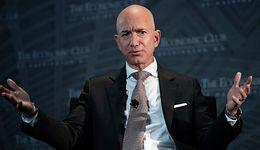 Bezos stracił małą fortunę. Wszystko z powodu pikujących akcji Amazona