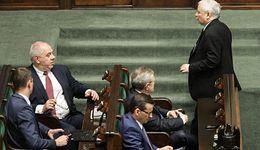 """Rząd """"niechcący"""" ujawnił plany wzrostu płacy minimalnej. Będzie mniejsza od obietnic?"""