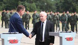 Ustawa o obronie ojczyzny. Kaczyński i Błaszczak we wtorek zaprezentują projekt