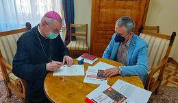 Kolejny wolny dzień od pracy? Episkopat chce dłuższych świąt Bożego Narodzenia