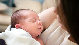 Zasiłek macierzyński. Rząd szykuje zmiany