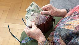 Czternastki wkrótce trafią do emerytów. Pierwsze przelewy jeszcze w październiku