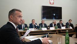 """Sławomir Nowak przed komisją ds. VAT w nerwowej atomosferze. """"Chamska ustawka"""""""