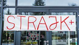 """""""Money. To się liczy"""". 5 dzień strajku. Czego potrzebuje polska edukacja?"""