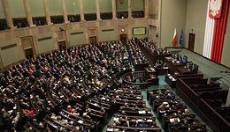 Budżet 2019 do zmiany. Sejm przyjął projekt ustawy