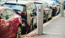 Prąd to trend! Czy czeka nas elektromobilna rewolucja?